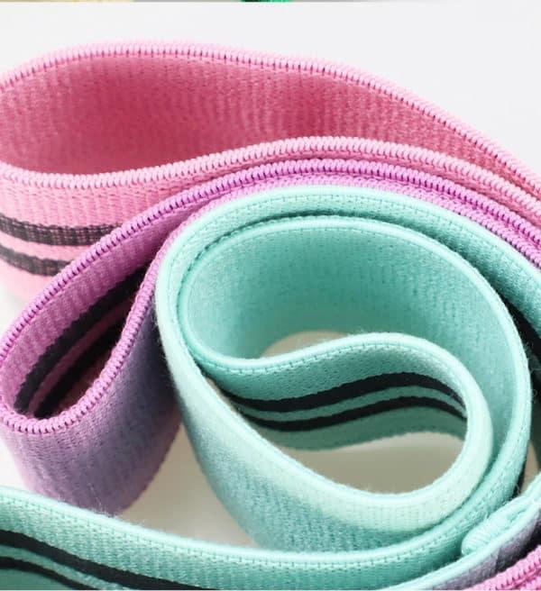 botthms yoga resistance bands together